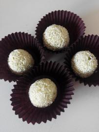 Trufes de xocolata blanca i festucs