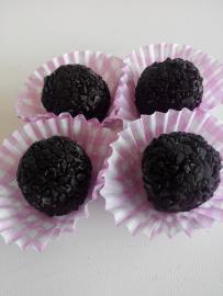 Trufes de xocolata negra i regalèssia